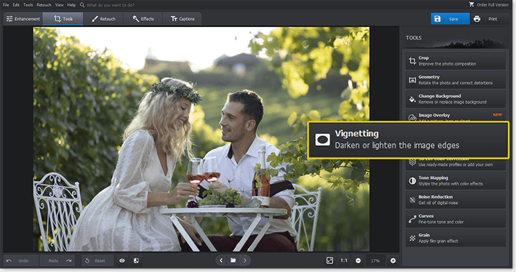 Start PhotoWorks and open the Vignette tool